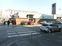 fronte ovest mercato su via odazio